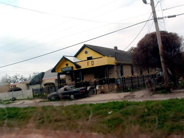 Fatsdominohouse